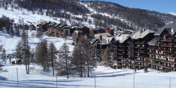 1200px-Risoul_Hautes-Alpes4