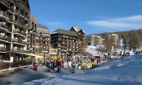 Risoul_main_ski_station_and_winter_park